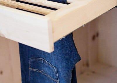 Hosenauszug aus Zirbenholz